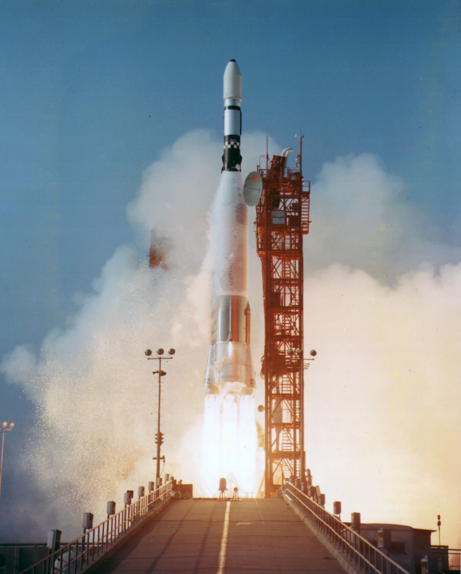 createyourownlives-launching-rocket