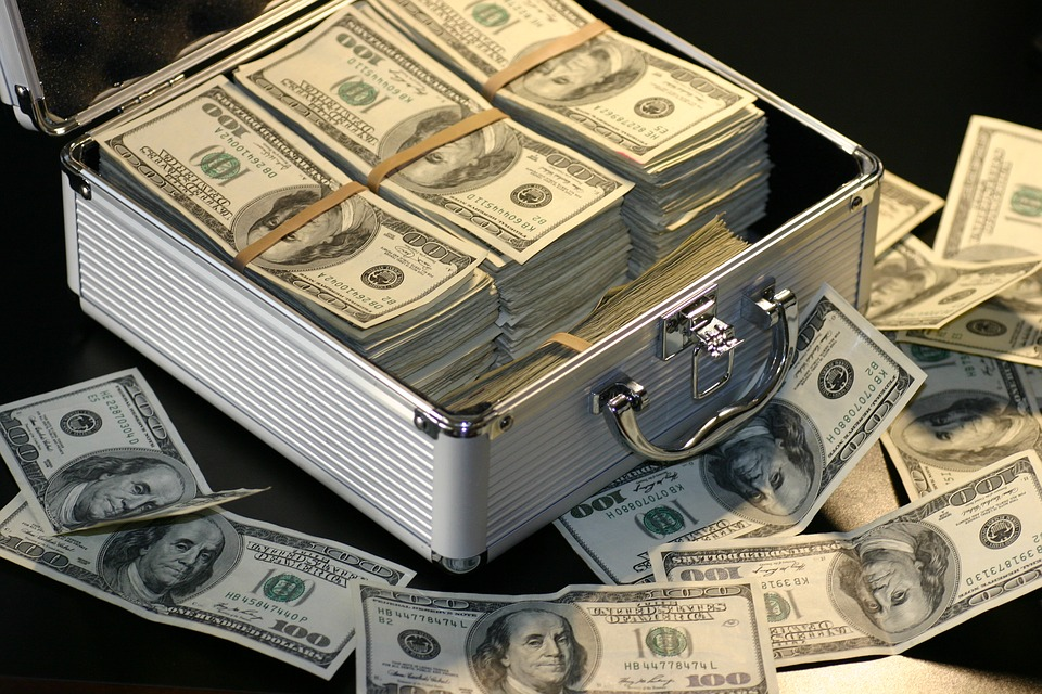createyourownlives-money-has-no-fault-your-have-the-fault